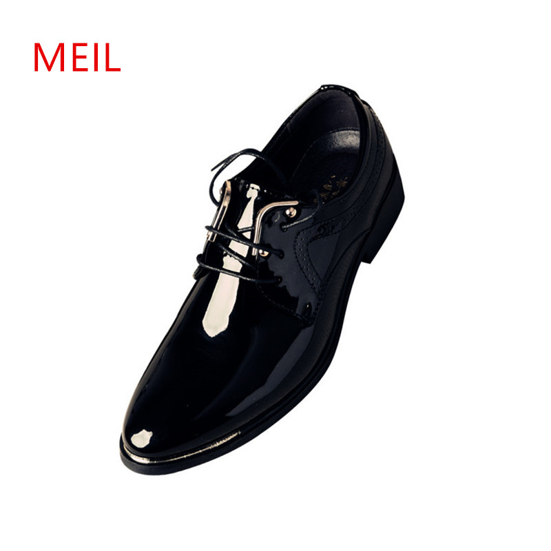 Classic Business Office Formal Leather Shoes Men Pointed Toe Men Dress Shoes Metal Elegant Party Wedding Dress Shoes Leather Men 2017 men s cow leather shoes patent leather dress office wedding party shoes basic style pointed toe lace up eu38 44 size