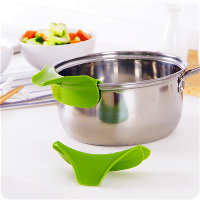 Pots Pans Rim Leak-proof Kitchen Silicone Funnel Kitchen Tools Color Random