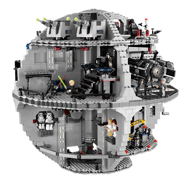 3803 Pieces Star Wars UCS Death Star Set