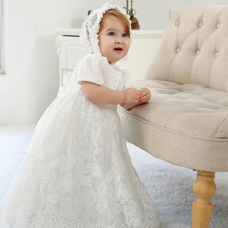 Robe de baptême pour filles en bas âge