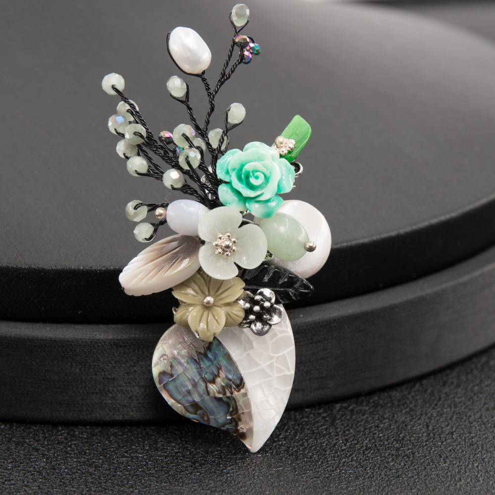 Vintage Style High Quality Quartz Natural Shell Pearl Flower Vase Brooch Broach Pin Pendant for Women Dress Jewelry YP180706