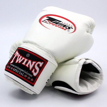 Upset the twins boxing gloves adult playing sandbags parry that men and women fight training sanda muay Thai boxing gloves