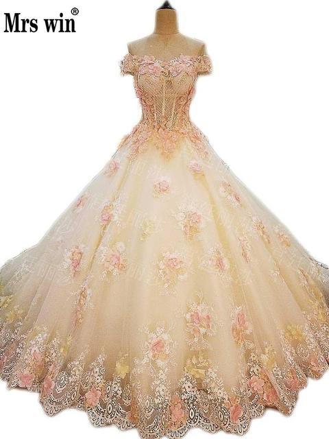 2018 New Design Clic Handmade Lace Flower Champagne Wedding Dress Long Tail Bride Princess