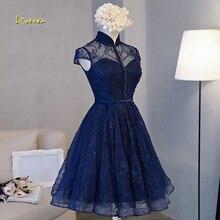 Loverxu מדהים גבוה צוואר תחרה הברך אורך שיבה הביתה שמלות 2020 אפליקציות חרוזים אונליין קצר סיום שמלה למסיבה
