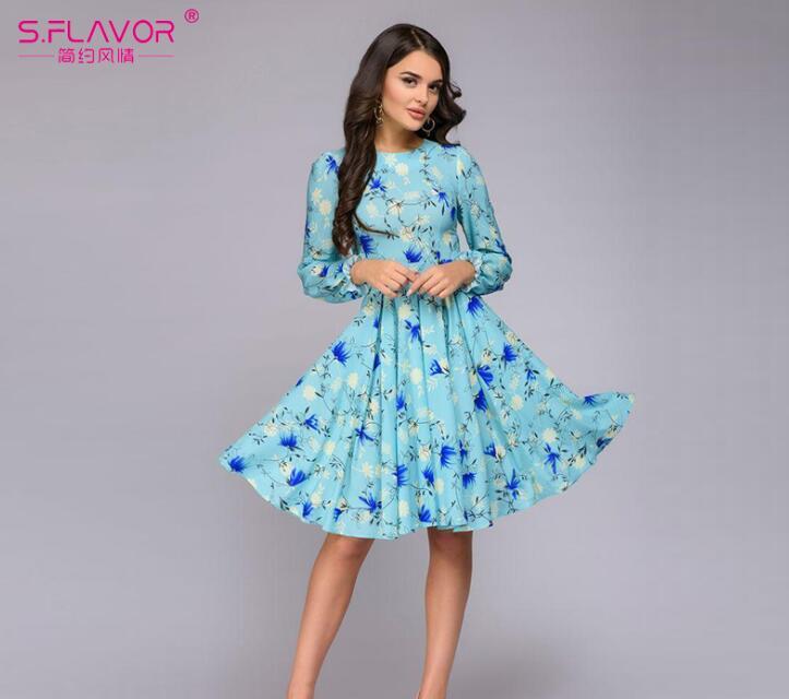d57a7fdff07b3  5  S.FLAVOR Casual Women printing A line Knee length Dress 2018 Autumn  Winter Petal Long Sleeve Slim Vestidos Female Vintage Dress-in Dresses from  Women s ...