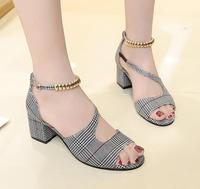 Spring and summer new Korean version with a hundred catch with open toed sandals