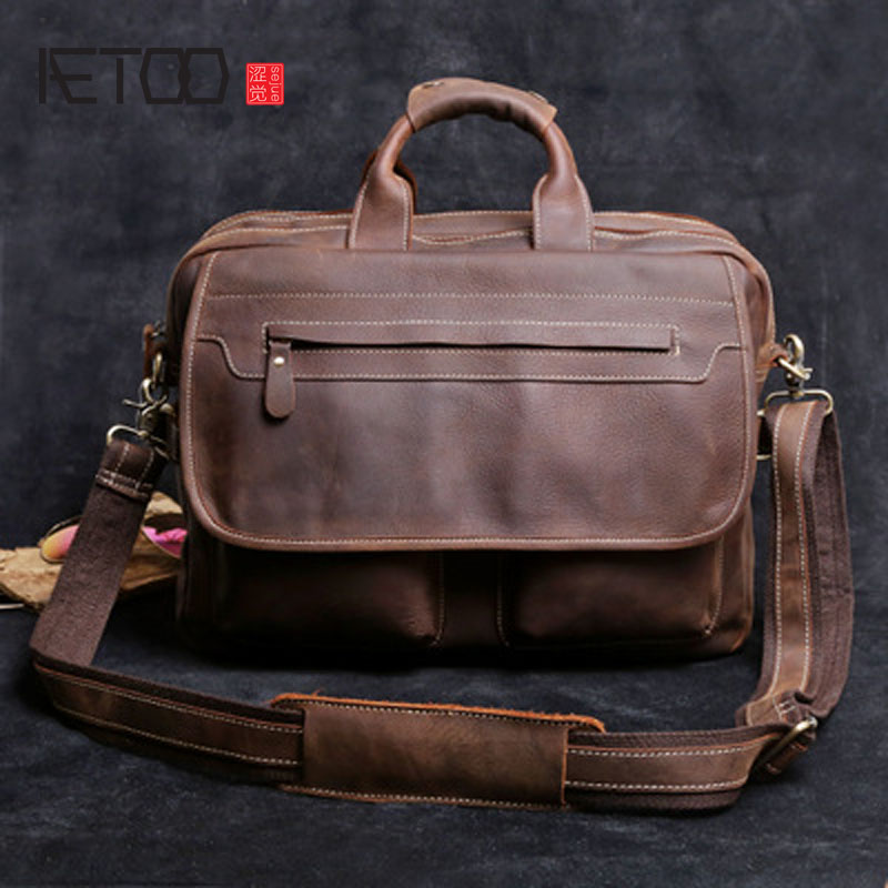 AETOO Europe and the United States retro handbag business casual briefcase bag computer head layer of leather oblique shoulder free shipping europe and the united states set foot business mens casual shoes