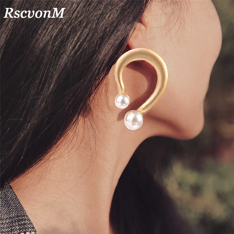 RscvonM Tiny Sweet U Letter OL Big Gold Color U Shaped Pearl Drop Earrings For Women Korean Chic Lades Gold Dangle Earring