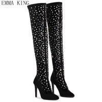 Черные ботфорты из флока с острым носком, украшенные кристаллами, женские пикантные высокие сапоги до бедра на высоком каблуке, новинка 2018 г