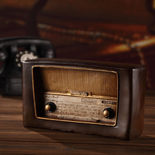 2015 Retro resin Radio model crafts Vintage resin ornament bar storefront windows home decorations crafts hot selling