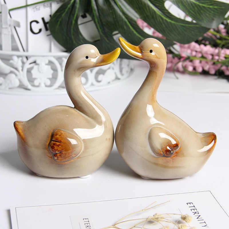 Desktop Decoration Figurines Cute Couple Goose Statues Porcelain