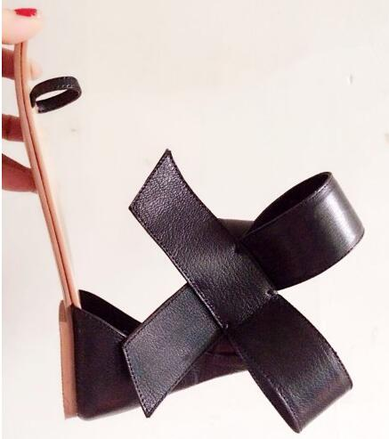 ФОТО Women New Fashion Black Sexy Sandals Flats Open Toe Party Buckle Strap Sweet Summer Wholesale Ladies Shoes