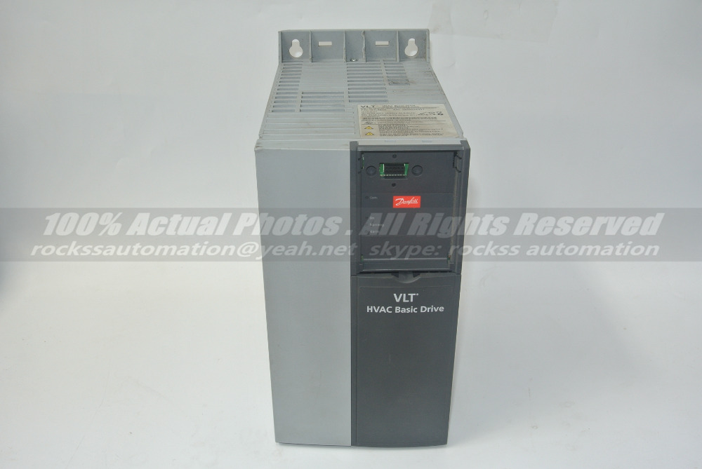 FC-101P15KT4E20H4XXC 131L9870 15KW Used 100% Tested With Free DHL / EMS evf8217 e lenze inverter evf8217 e almost new used 100% tested