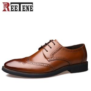 REETENE Fashion Carved Leather Men Wedding Dress Shoes Business Shoes British Retro Brogue Shoes Lace-up Men's shoes