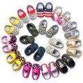 Zapatos de bebé Mocasines calzado cuna PU de cuero zapatos de bebe confort chicos moccs bebé leopard camuflaje muchachos del niño primero caminantes