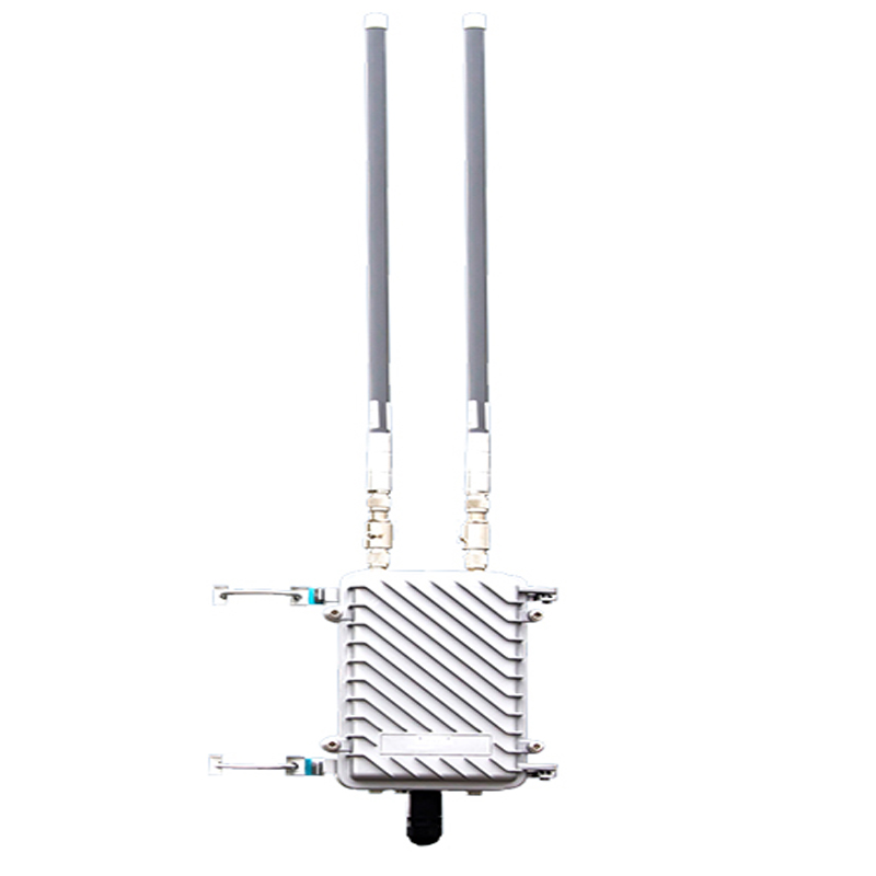 300Mbps Outdoor WIFI Station Access Point With 802.11b/g/n Protocol & Gateway/Repeater/AP Operation Modes For Max 50 Clients