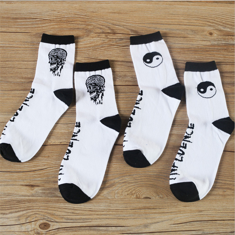 Unisex Creative Cotton Socks Man Skull Socks Women In Tube Socks New Women Fashion Skeleton Socks
