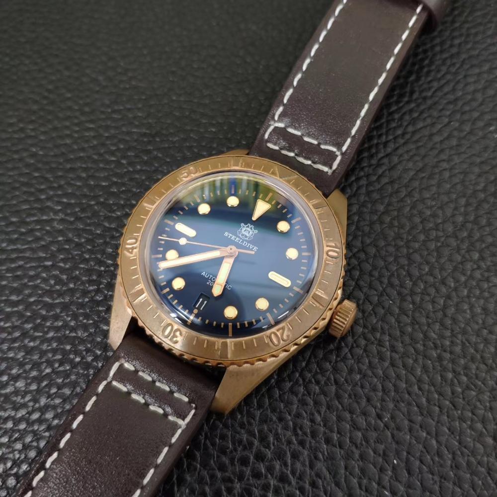 Double dome CuSn8 bronze vidro de safira homens relógio de mergulho de 200m com a Swiss C3 luminosa