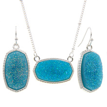 цена YJX Silver Color Oval Pendant Necklace With Earrings Jewelry Set Glitter Druzy Drop Boutique онлайн в 2017 году