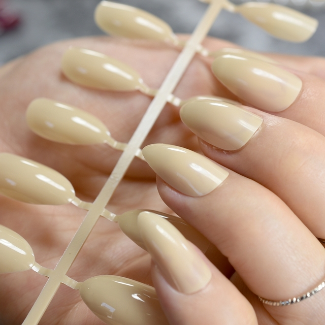 24pcs Beige Candy Nail Tips Almond Design Point Stiletto Acrylic Nails Medium Full Cover Press On