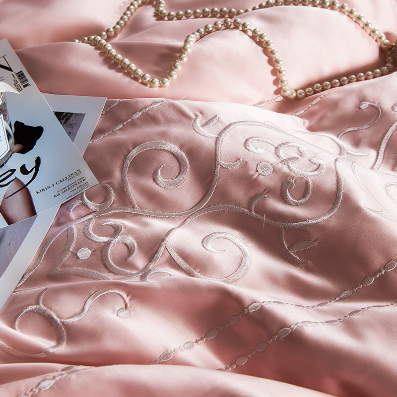 (9)  White silver cotton imitate silk luxurious Bedding Set queen king measurement mattress set Bedsheets linen Europe embroidery Quilt cowl set HTB1ookwgLiSBuNkSnhJq6zDcpXaw