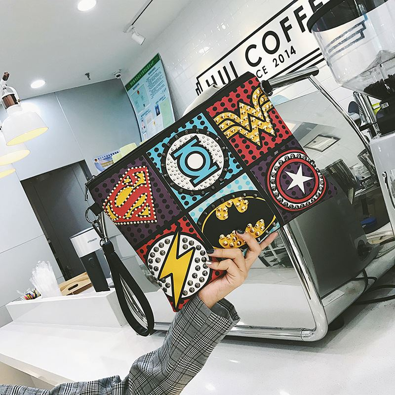 Hot Sale Marvel Clutch Fashion Retro PU Leather Supercool Superhero Avengers Rivet Gothic Punk Handy Wrist Clutch Bag 2019