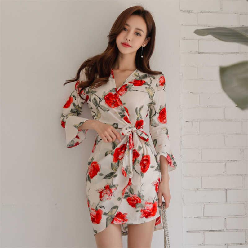 BGTEEVER Новое Женское платье с v-образным вырезом и расклешенными рукавами, свободное Бандажное платье с принтом, летнее короткое платье с цветочным принтом, элегантное мягкое платье Vestidos