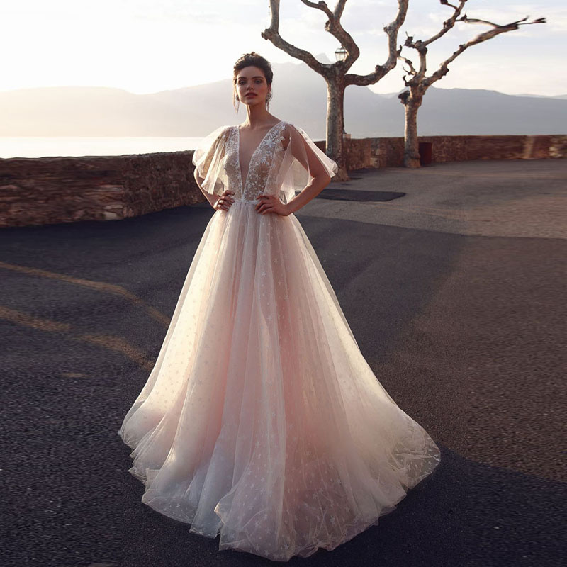 Romantic Blush Pink Bridal Gowns 2019 Spring New Puffy Tulle Sleeve Princess Beach Wedding Gowns Charming Long Party Dress