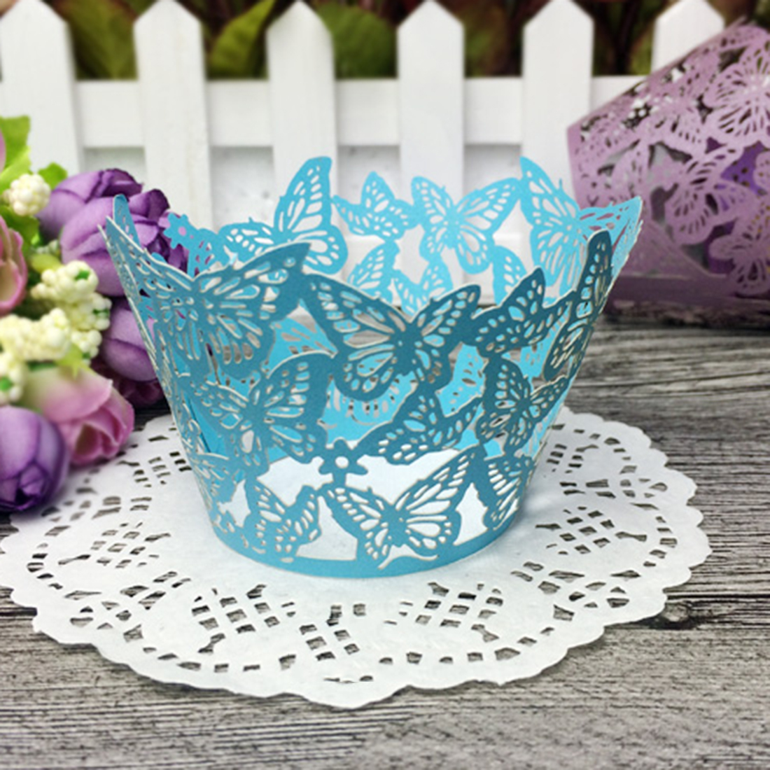 SURWISH 60Pcs Butterfly Pattern Cupcake Wrappers Hollowed-out Lace Paper Cake Surrounding Edge Brithday Party Supplies