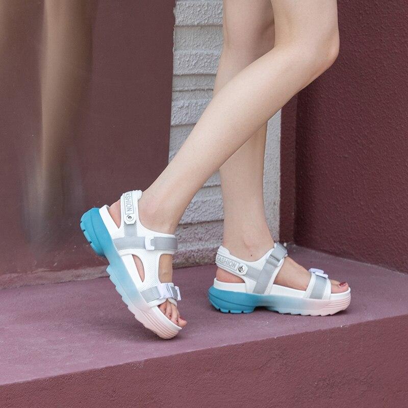 Donna สบายๆ Breathable ตาข่ายผู้หญิงรองเท้าแตะฤดูร้อนแบนของแท้หนัง Gladiator รองเท้าแตะรองเท้าแตะชายหาดผู้หญิง Wedges แพลตฟอร์มรองเท้า-ใน รองเท้าส้นสูงปานกลาง จาก รองเท้า บน   3