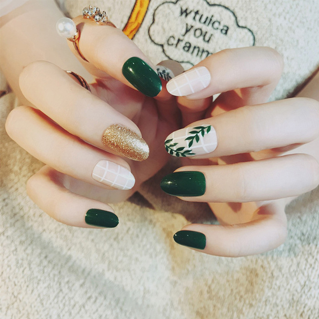 24pcs Set Summer Green Leaf Pattern False Nails Pre Design Round