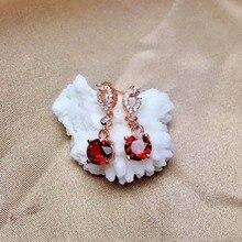 цена SHILOVEM 925 sterling silver Natural garnet stud earrings fine Jewelry women wedding women wholesale 6*6mm new me0606220ags онлайн в 2017 году
