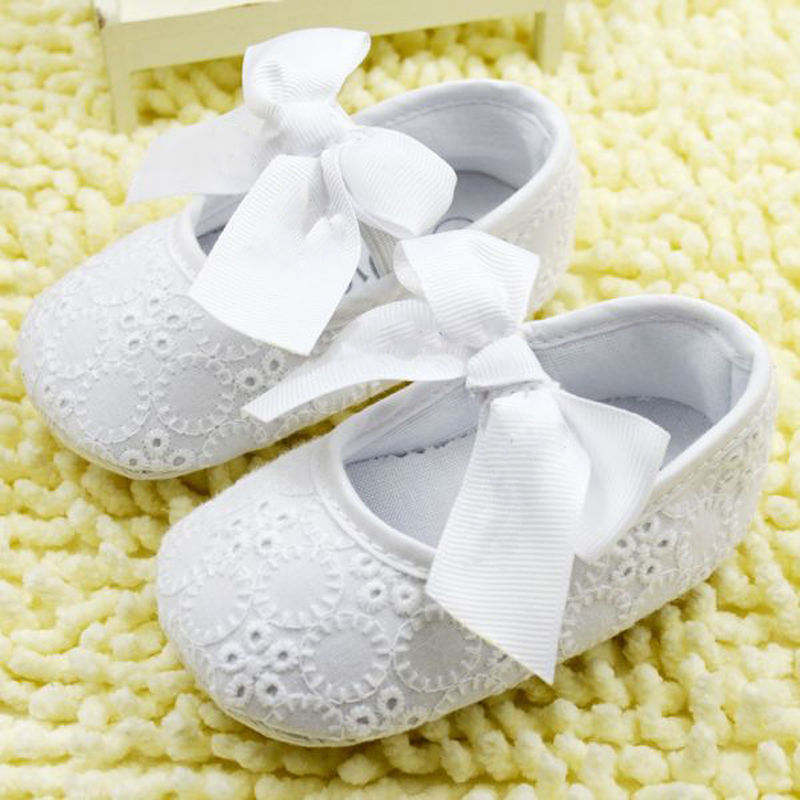 White-Bowknot-Baby-Girl-Lace-Shoes-Toddler-Prewalker-Anti-Slip-First-Walker-Simple-Baby-Shoes-1
