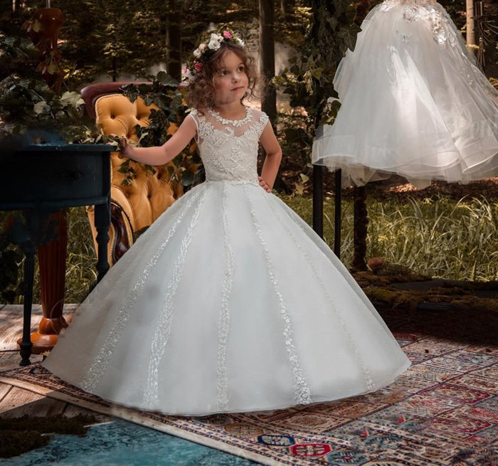 2018 Princess Ball Gown Flower Girls Dresses For Weddings Beaded Lace Little Girls First Communion Dress Any Size high low flower girl dresses beaded organza ruffles v neck first communion dress 2018 girls pageant gown custom any size