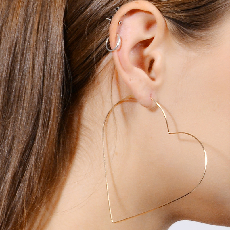 Sexy Earrings Fashion Heart Star Hollow Punk Simple Gold Silver Long Exaggerated Pendant Earrings For Ladies Gifts in Hoop Earrings from Jewelry Accessories