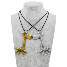 2017 Original New Leather Chain Retro Gold Anime Giraffe Choker Necklace For Women Vintage Animal Pendant Necklace Jewelry Gift