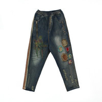 Distrressed Torn Jeans Women Colour Printing Animal Bird Pattern Appliques Denim Torn Jeans Casual Loose Ripped