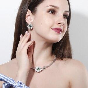 Image 2 - CWWZircons מותג אלגנטי מיקרו פייב ירוק CZ Zirconia אבן פרח קולר שרשרת עגיל תכשיטים סטים לנשים T091