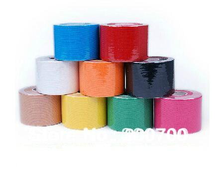 Prix pour (5 CM * 5 M-20 pcs) vente chaude kinésiologie Kinesio Tape/Pur coton, Imperméable À L'eau/Sécurité dans les Sports
