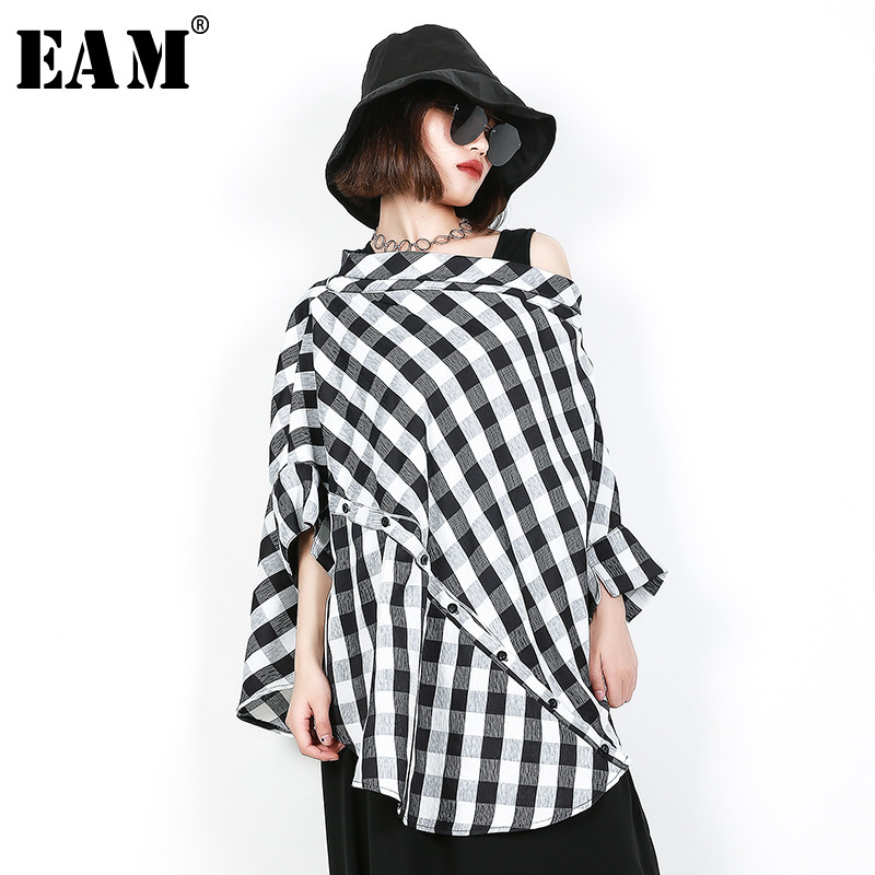 [EAM] 2019 New Spring Summer  Slash Neck Three-quarter Sleeve Black Plaid Split Joint Big Size Shirt Women Blouse Fashion JF608