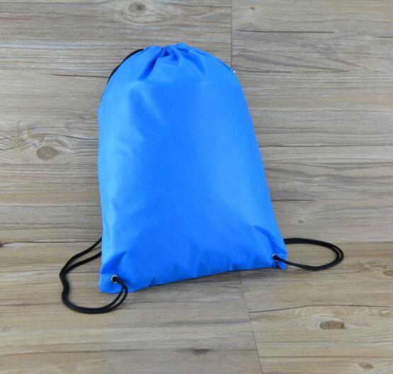 10 piezas portátil gimnasio saco barato no tejidos mochila bolsa para  deportes al aire libre viajes draw bolso de secuencia de libros zapatos en  Y Bolsas de ... 96f697215c753