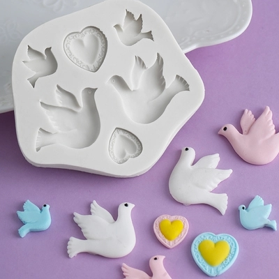 PRZY Love Dove Of Peace Chocolate Resin Clay Silicone Mold Sugarcraft Fondant Mould Cake Decorating Tools Cartoon Pigeon Moulds
