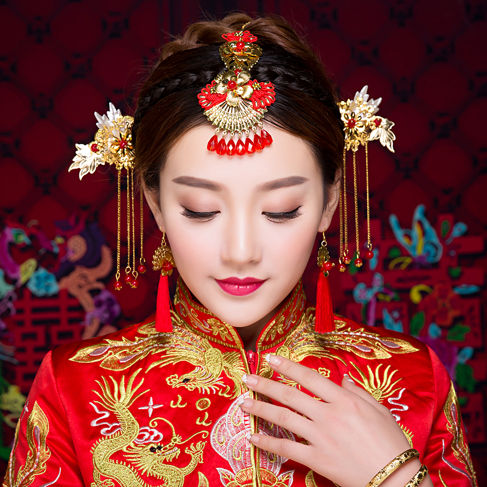Wedding Hairstyle Traditional: Chinese Traditional Brides Handmade Costume Gold Color