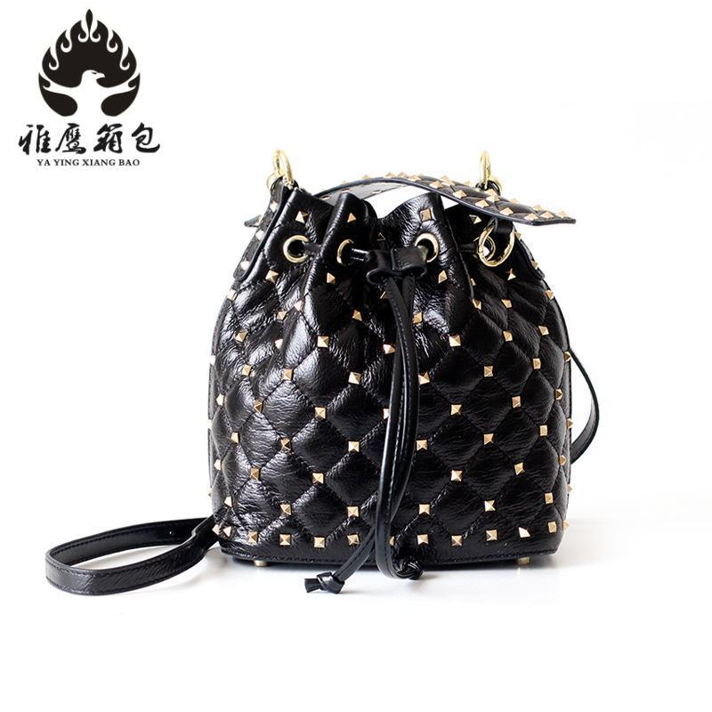 High Quality Leather Women Bag Bucket Shoulder Bags Solid Big Women Handbag Set Large Capacity Tote Bolsas Feminina Famous Brand european style women tassel big leather tote bag solid color classic lady handbag large capacity travel bags bolsas feminina