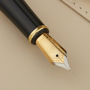 Image 3 - HERO 768 Carbon Fiber Grey Fountain Pen with Golden Clip Iridium Fine Nib 0.5mm Fashion Writing Ink Pen for Office Gift Business