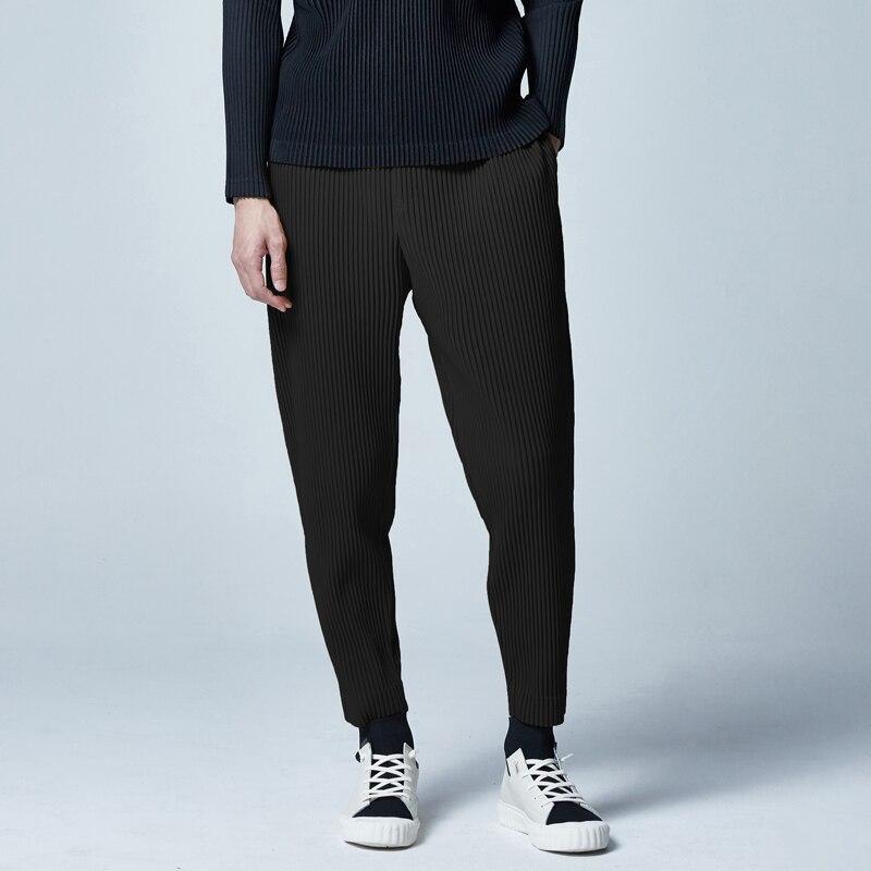 Miyake Fold Pants Men's Spring New Feet Pants Loose Nine Pants Trend Wild Casual Pants Men Free Shipping