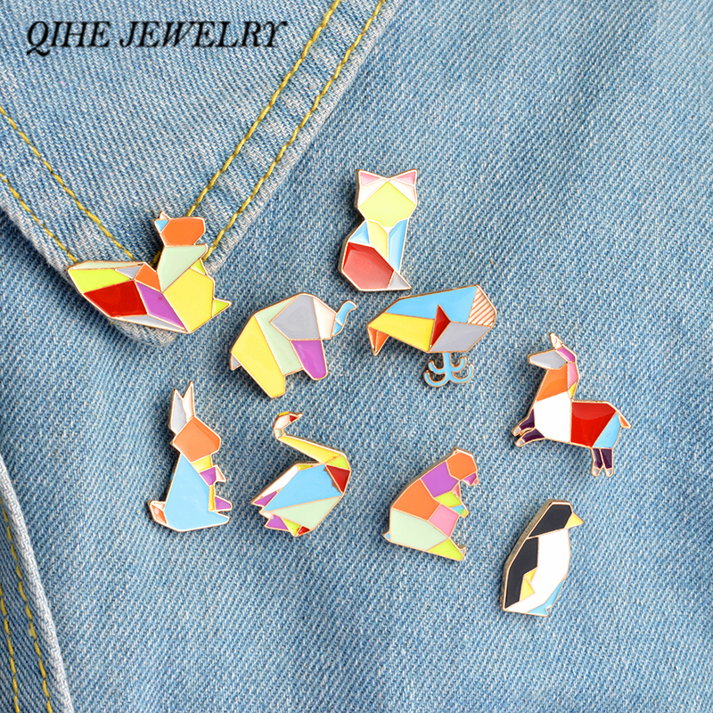 QIHE JEWELRY 9tk / komplekt Origami Animal Lapel Pin Enamel Pins Elephant Rabbit Bunny Bear oravvaal Kala Penguin Fox Design