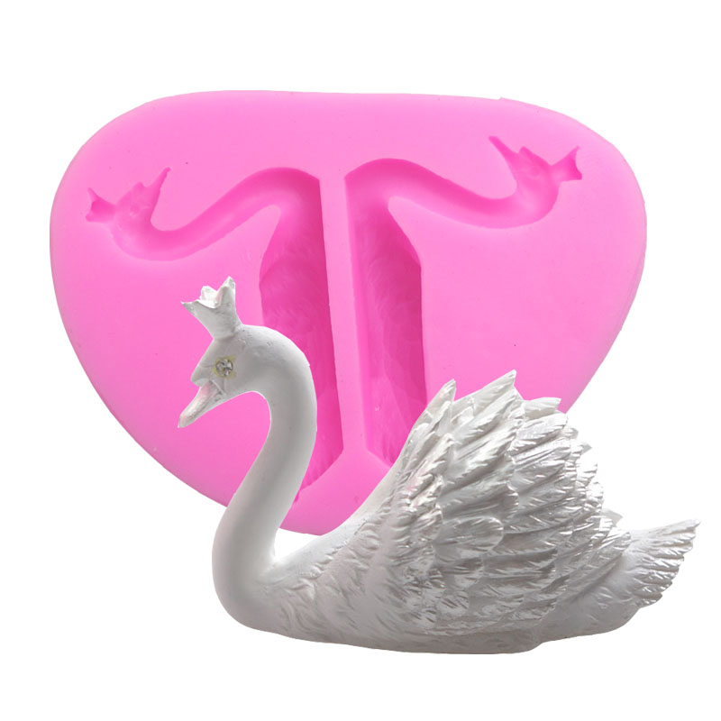 990 New Arrival Design 3D The Shape Of A Swan Silicone Mold Chocolate Fondant Cake Decorating Tools soap mold