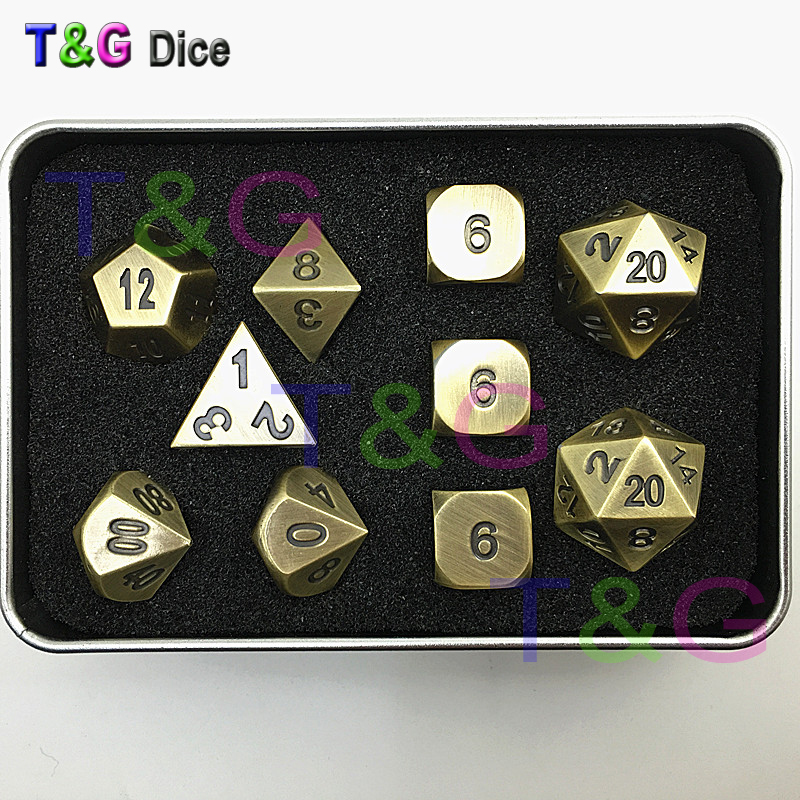 цены  Brass Color Metal Dice d4 3xd6 d8 d10 d12 2xd20 dnd RPG Digital Dice with Iron Box for Gift 10pcs/set