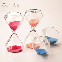 OUYUN 5 Minute Colour Glass Hourglass 6*6*11.7cm Wedding Diamond Mini Hourglass Magic Sand Timer Romantic Gifts Home Decor